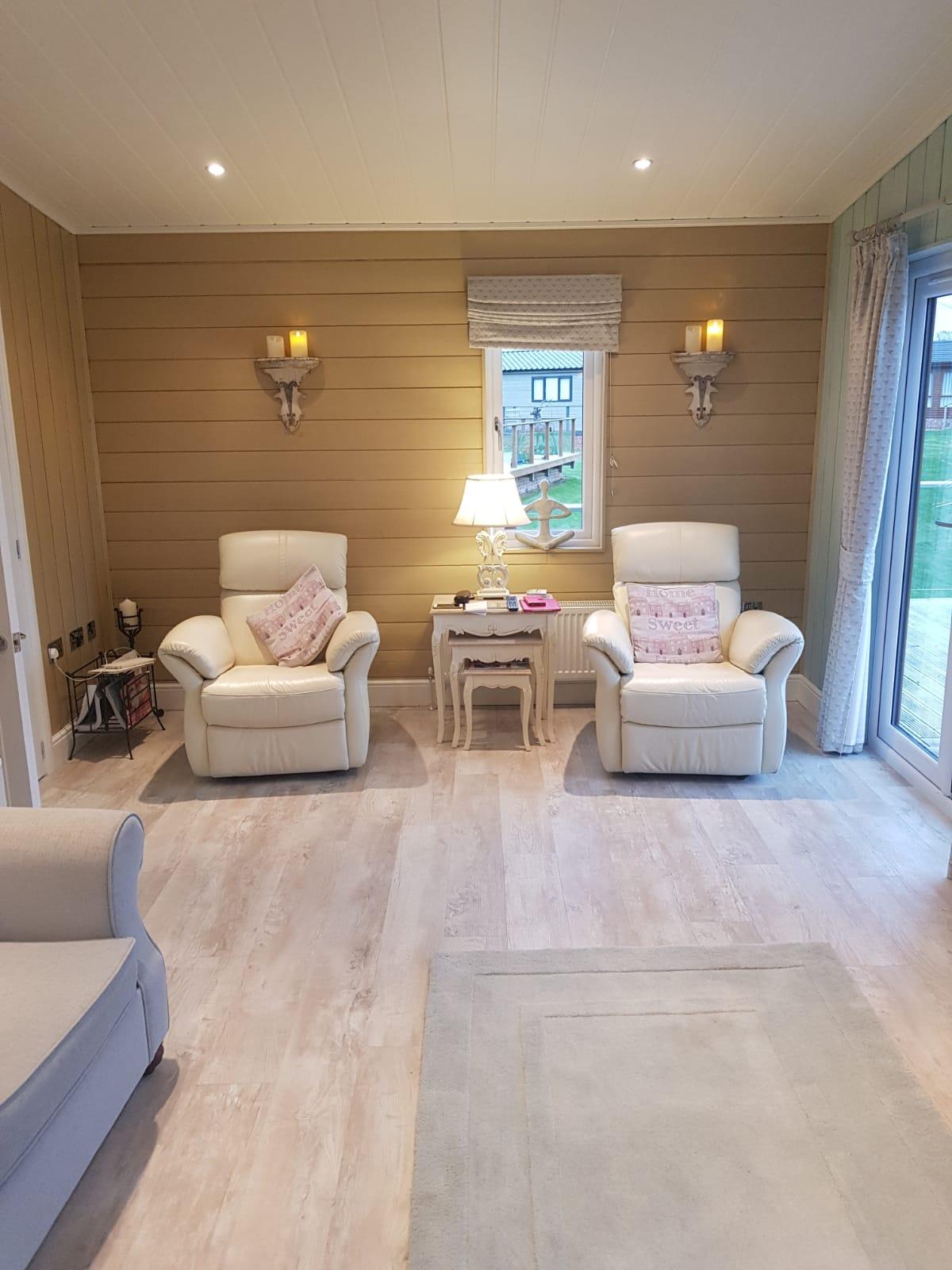 2015 Homeseeker Sofia Special Living room